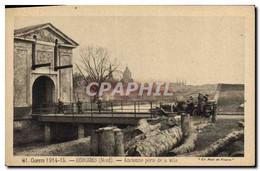 CPA Militaria Bergues Ancienne Porte De La Ville - Guerra 1914-18