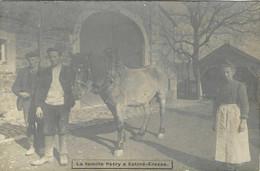 BELGIQUE / BELGIË // PROVINCE LUXEMBOURG // LA FAMILLE PETRY A ESTINE-EREZEE // TRES RARE CARTE PHOTO // - Erezee