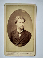 Photographie Ancienne CDV De Pierre Petit - Beau Portrait Jeune Homme En Médaillon - 1881 BE - Antiche (ante 1900)