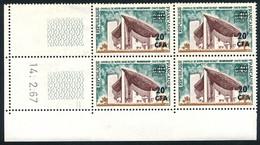 REUNION 1967-68 - Yv. 374 (=FR 1435 Surch) ** Bloc De 4 Coin Daté  Cote=6,50 EUR - Notre-Dame De Ronchamp ..Réf.FRA29162 - Nuovi