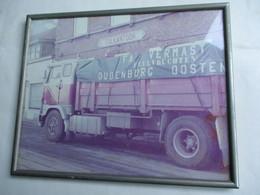 FOTOKADER  Met  Vrachtwagen FA .  VERMAST  Peulvruchten   OUDENBURG     --- OOSTENDE - Ciclismo