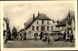 CPA Teterow Mecklenburg Vorpommern, Am Marktplatz, Gasthaus Zum Marktbrunnen, Bus VEB Kraftverkehr - Other