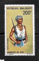 "Afrique MADAGASCAR :  ""Danseur Du Sud""  Poste Aérienne N° 103 N **  TB (cote 4,60 €) - Madagaskar (1960-...)"