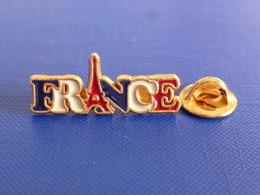 Pin's Ville De Paris - Drapeau France Tricolore Bleu Blanc Rouge - Logo Tour Eiffel (UB44) - Villes