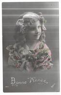 Fillette Avec Du Gui Et Un Ruban Dans Les Cheveux Bonne Année édition Irisette 1815 - Retratos