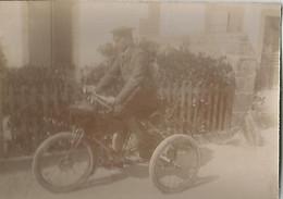 Vieux Tricycle  4€ Les 2 - Moto