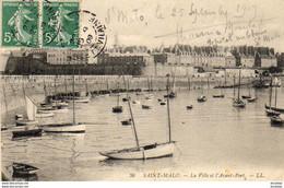 D35  SAINT- MALO  La Ville Et L' Avant- Port   ..... - Saint Malo