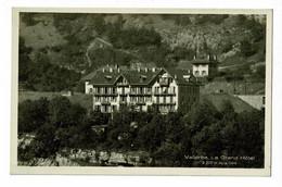 Vallorbe - Le Grand Hôtel à 200 M De La Gare - Ligne De Chemin De Fer à L'arrière Plan - Pas Circulé - VD Vaud