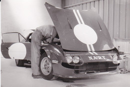 Photo Automobile 24 Heures Du Mans Préparation D'une  Ferrari A Identifier 2654 B - Coches