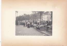 Bruxelles. Market Of St. Catherine. Picture Approx. 9 X 7 Cm Within Frame 17 X 12 Cm. No Postcard. - Brüssel (Stadt)