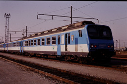 Photo Diapo Diapositive Slide Train TER SNCF Automotrice Z 9612 1ère & 2ème Classe à Metz Le 23/01/1992  VOIR ZOOM - Diapositives (slides)