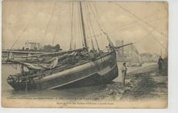 LES SABLES D'OLONNE - Dans Le Port à Marée Basse - Sables D'Olonne
