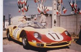 Photo Automobile 24 Heures Du Mans Ferrari Ou Corvette ? Année Et Automobile A Identifier 2670 B - Coches