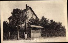CPA Combault Seine Et Marne, Avenue De Pontault - Other Municipalities