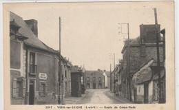 DEPT 35 : Photo A Donias N° 3047 : Vern Sur Seiche Route De Corps-Nuds : Café Eveillard A Gauche - Otros Municipios