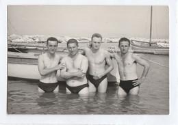 """10689.  Foto Vintage Gruppo Uomini """" I Fusti Del 6° CAR Falconara """" 1957 - 9,5x6,5 - Anonieme Personen"""