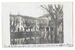 SAINT DIDIER SUR CHALARONNE Ou Environs (01) Carte Photo Crue De La Chalaronne 1910 Cour Du College - Andere Gemeenten