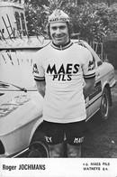 CARTE CYCLISME ROGER JOCHMANS TEAM MAES - PILS 1975 ( DECOUPE, FORMAT 10 X 15 ) - Radsport