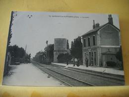 18 5737 CPA 1915 - 18 SAVIGNY EN SEPTAINE. LA GARE - ANIMATION. TRAIN. CACHET 25e REGIMENT TERRITORIAL. 13eme COMPAGNIE - Andere Gemeenten