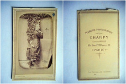 PHOTO CDV 19 EME  JEUNE FILLE CHIC ROBE MODE  Cabinet CHARPY  A PARIS - Old (before 1900)