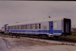 Photo Diapo Diapositive Slide  Train Voiture Département Des Essais & Laboratoire SNCF Le 07/07/1999 VOIR ZOOM - Diapositives (slides)