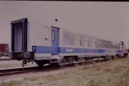 Photo Diapo Diapositive Slide Train Wagon Voiture Département Des Essais & Laboratoire SNCF Le 07/07/1999 VOIR ZOOM - Diapositives (slides)