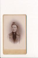 CDV Portrait De Femme Photographe FALCINY RICQUER Anc. Luzzatto Place Jean Bart à DUNKERQUE ( Photo Format 6,5 X 10,5 Cm - Ancianas (antes De 1900)