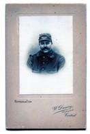 Grande Photo Cartonné D'un Sous-officier Francais  Du 174 éme Régiment D'infanterie Posant Dans Un Studio Photo - Guerre, Militaire