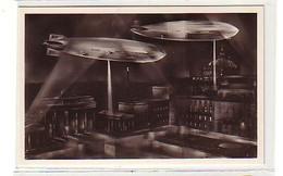40375 Ak 2 Zeppeline über Berlin Pariser Platz Um 1935 - Luchtschepen
