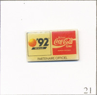 Pin's Soda / Coca Cola - Sponsor Exposition Universelle Séville 1992. Estampillé © SE Expo 92 S.A 1989. Epoxy. T759-21 - Dranken