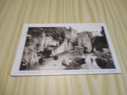 CPA Royat-les-Bains (63).La Grotte Des Laveuses Et La Cascade De La Tiretaine. - Royat