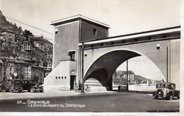 La Gare De  Départ Du Téléférique    199 - Grenoble