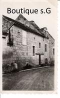 Photo Lieux Maison Saumoussay Rue Des Troglodytes Batiment Edifice Histoire 1950 Facade 11x7 Cm - Luoghi