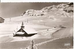 Alpe D'Huez - Notre-Dame Des Neiges Dominée Par Le Dôme Des Petites-Rousses, Le Pic Du Lac Blanc Et Crêtes De L'Herpie - Non Classificati