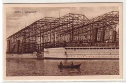 61553 Ak Stettin Vulcanwerft Mit Schiffen Vorm Dock Um 1930 - Pommern