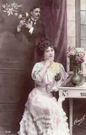 DC3820 - Schöne Motivkarte Le Reve Junge Dame Mädchen In Kleid Blumen - Mujeres