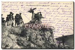 CPA Militaria Chasseurs Alpins Manoeuvres D&#39artillerie Dans Les Alpes - Uniformen