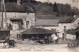 SUAUCOURT   Le Lavoir Et La Fontaine   N°7 - Andere Gemeenten