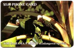 BAHAMAS : BAH05 $5  THE BAHAMA PARROT (SILVER HANDWRITTEN CTRL) USED - Bahamas