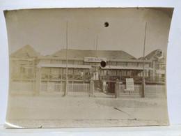 Cayeux. Casino? 1900. 11x8 Cm. Décollée D'un Album. Taches Dans La Photo - Old (before 1900)