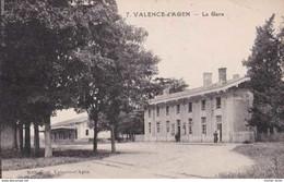 82 - Valence D'Agen - La Gare - Pas Circulé - Animée - TBE - Valence