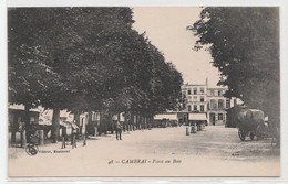 CPA CAMBRAI Place Au Bois - Cambrai