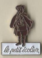 3 Pin's Biscuit: Le Petit écolier / Delichoc / Bahlsen - Alimentación