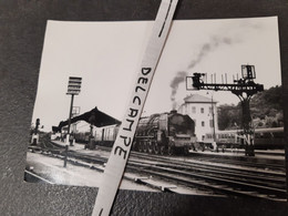 SNCF : Photo Originale M DAHLSTROM 12,5 X 17,5 Cm : Locomotive à Vapeur 241 P à St GERMAIN DES FOSSES (03) - Treinen