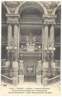 CPA 75 - 4307. PARIS - Opéra - Grand Escalier - Porte Monumentale Des Baignoires - Gerat Staircase - Gate Monumental Of - Otros Monumentos