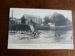 15. La Grande Guerre 1915 - Meaux, La Passerelle Détruite Le 5 Septembre 1914 - War 1914-18
