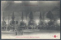 CPA TRANSPORTS - Les Locomotives, Intérieur D'une Remise Pour Machines D'express - Eisenbahnen