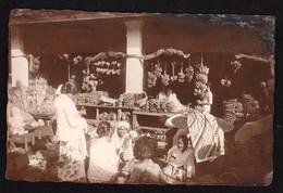 """MEDAN (Ile De Sumatra) RARE Carte Photo Très éclairée Sur Le """"marché"""" Carte Obl En 1932 - Indonesia"""