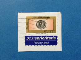 2004 ITALIA FRANCOBOLLO USATO ITALY STAMP USED POSTA PRIORITARIA PRIORITARIO 0,60 CON ETICHETTA - 2001-10: Oblitérés