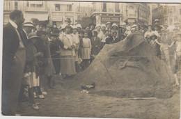 D85 - LES SABLES D'OLONNE - CONCOURS SUR LA PLAGE 1923 - Carte Photo-Nombreuses Personnes-Agence Fraud-Café/Restaurant - Sables D'Olonne